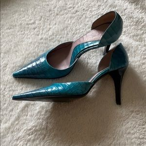 KENNETH COLE • TURQUOISE CROCODILE D'ORSAY